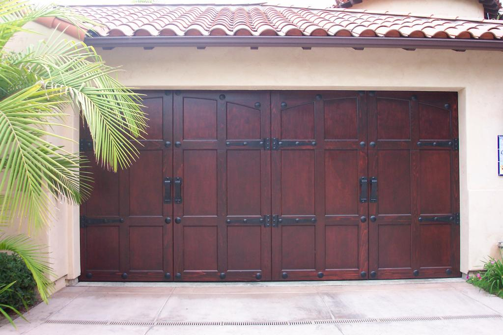 Four Tips For Purchasing A New Garage Door